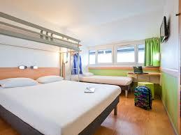 chambre hotel 4 personnes hotel pas cher pantin ibis budget porte de pantin