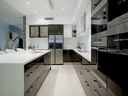Modern U Shaped Kitchen Designs Ideas