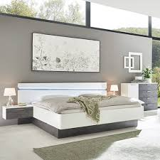 schlafzimmerserien für die perfekte traumeinrichtung leiner