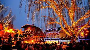 Snow Bus to Leavenworth s Tree Lighting Festival Seattle Tickets