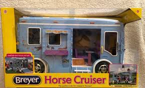 Reeves Breyer Classics Horse Cruiser B61020 | EBay John Deere Toys Monster Treads Pickup Hauler With Horse Trailer At Breyer Stablemates Animal Rescue Truck The Play Room 5356 Pickup And Gooseneck Ebay Giddy Up Go 701736 Dually Identify Your Accsories 132 Model By Loading Mini Whinnies Horses In Ves Car Drama At Show
