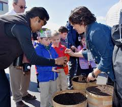 Nh Pumpkin Festival 2016 by Laconia Students Plant Seeds In Anticipation Of Nh Pumpkin