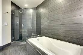 extrem schönes und modernes badezimmer stockfotografie
