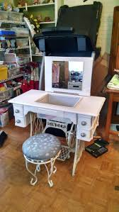 Sewing Cabinet Woodworking Plans by Best 20 Antique Sewing Machine Table Ideas On Pinterest Antique