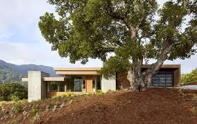 100 Swatt Miers A Californian Home Gently Steps Down On An OakStudded Landscape Dwell
