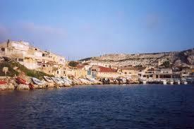 le petit port marseille un petit port pittoresque les goudes