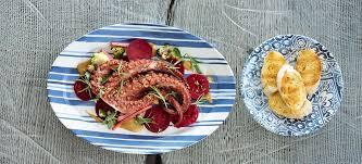 rezept tipp gegrillter oktopus rote rüben senf brokkoli