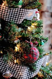Hobby Lobby Xmas Tree Skirts by Mad For Plaid Christmas Tree U0026 Gift Wrap U2014 Me And Mr Jones