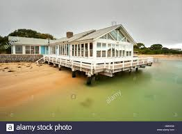 100 Barwon Heads Beach House Jetty Cafe At The Great Ocean Road Stock Photo