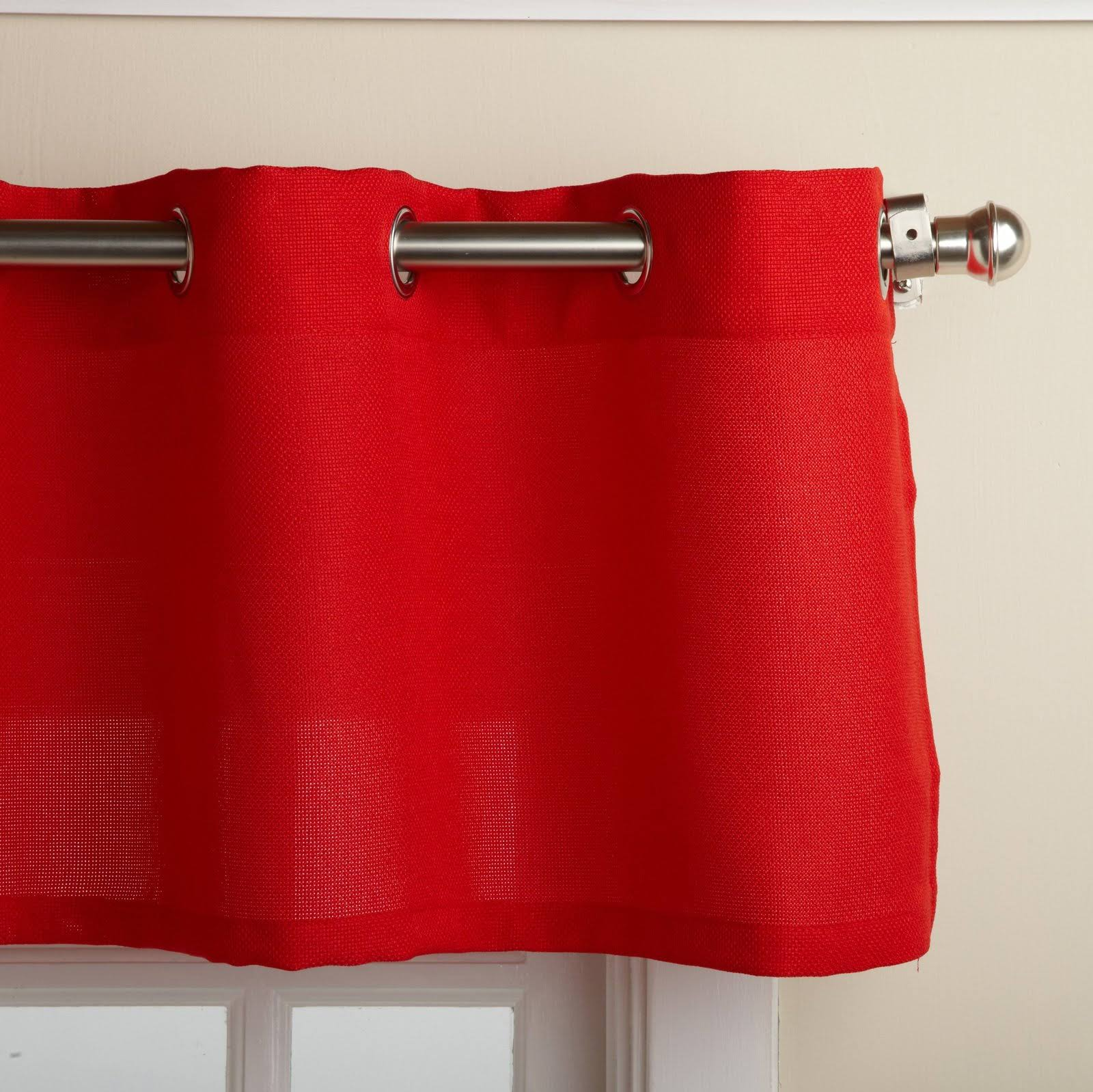 Lorraine Home Fashions Jackson 58-Inch x 12-Inch Valance Red