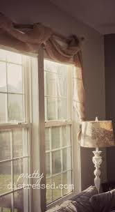Valances Curtains For Living Room by Best 25 Burlap Valance Ideas On Pinterest Burlap Curtains
