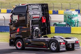 Renault Truck Pictures - Free Download High Resolution Photo Galleries
