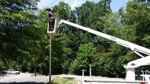 100 Bucket Truck Repair Pole And Parking Lot Lights Installation And Repair Aardvark
