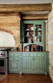 Primitive Kitchen Countertop Ideas by Best 25 Colonial Kitchen Ideas On Pinterest Colonial Windsor