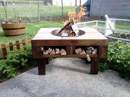Pallet Patio Table Plans by Best 25 Pallet Fire Pit Ideas On Pinterest Pallet Ideas Diy