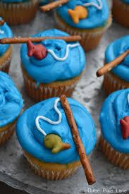 Easy Fishing Pole Cupcakesthese Are The BEST Cupcake Ideas