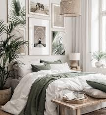 beige grüne bilderwand elefanten poster schlafzimmer eichenrahmen