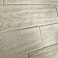 Snapstone Tile Home Depot by Best 25 Home Depot Flooring Ideas On Pinterest Allure Flooring
