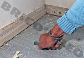 enlever colle a carrelage conseils pour rénover les revêtements de sols conseils et astuces