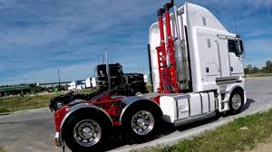 New Kenworth #32 - YouTube