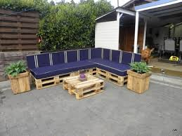 Pallet Sofa Ideas With Side Planters