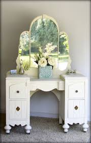 Celluloid Vanity Dresser Set by 71 Best Vanity Images On Pinterest Painted Furniture Vanity And