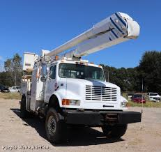 2001 International 4800 Bucket Truck | Item ED9580 | SOLD! N...