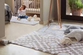 tapis chambre enfant garcon décoration chambre bébé garçon et fille jours de joie et nuits