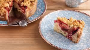 pflaumenkuchen mit streuseln ein einfaches rezept