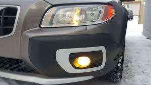 volvo headlight parking bulb replacement
