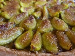 cuisiner figues fraiches tarte crème de noisettes compote de figues et figues fraiches