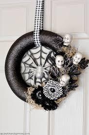 Grandin Road Halloween Wreath by 35 Hauntingly Creative Diy Halloween Wreaths Spider Webs