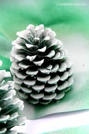 Pine Cone Christmas Tree Decorating Ideas by Pine Cone Christmas Tree