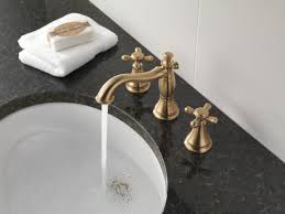 Delta Bronze Tub Faucet by Faucet Com H295pn In Brilliance Polished Nickel By Delta