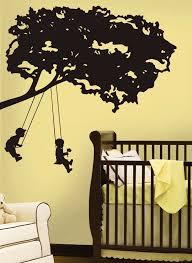 chambre arbre stickers arbre dans la chambre bébé et enfant en 28 idées