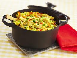 cuisine avec du riz poulet au riz et au safran maggi