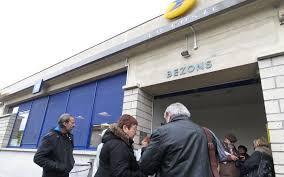 les bureaux de poste mobilisation pour la réouverture des bureaux de poste de bezons le