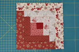 Two Tone Log Cabin Quilt Block