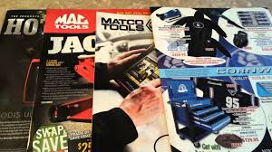 Snap On? Mac? Matco? Cornwell? - YouTube Snapon Wikipedia Professional Tool Equipment News August 2017 Vehicle Service Pros Flex Head Bent Angle Ratchet 38 Drive Snapon Tools Http Snap On Mechanics Seat New Snap On Maxx Delivery Fuel Ten Musthave For Your Truck And Driver Home Uk Vs Milwaukee 12 Electric Impact 20 Test Youtube Best 25 Automotive Tools Ideas Pinterest Air Compressor Brisbane North East Facebook Tow Loading A Box Keith Martley