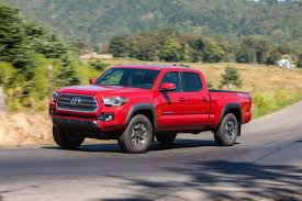 100 Small Toyota Trucks Aging Tacoma Loads Of Fun But Has An Unexpected Downside