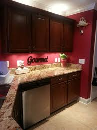 Kitchen Wall Ideas Pinterest by Best 25 Red Kitchen Walls Ideas On Pinterest Brown Kitchen