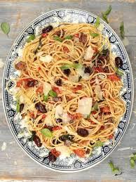pates a la puttanesca spaghetti alla puttanesca pasta recipes oliver recipes