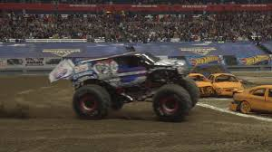100 Monster Truck Oakland Jam Driver Pulls Off Reverse Wheelie In Syracuse