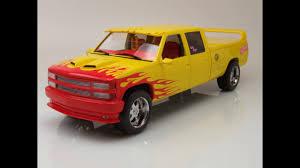 Modellautocenter - Chevrolet Silverado Custom Cab Pick Up 1997