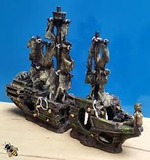 aquarium ornament large shipwreck galleon cave hide decoration