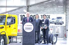 Penske Takes Delivery Of 10,000th Hino Truck | Medium Duty Work ... Toyota New Used Car Dealer Serving Cleveland Bedford Akron 2013 Freightliner Business Class M2 106 Van Trucks Box In 13 Tag Moving Truck Reviews And Complaints Pissed Consumer Driver Cdl Atouch Freight Sign On Bonus Penske For Sale On Rental Lexington Ky Pickup Budget Montoursinfo Long Distance Isuzu Ohio 16 Foot Loaded Wp 20170331 Youtube Burlington Bowling Green York City Best Resource