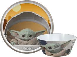 zak designs wars the mandalorian dinnerware set includes plate and bowl made of durable melamine and for baby yoda the child