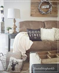 Brown Living Room Ideas Pinterest by Best 25 Brown Couch Decor Ideas On Pinterest Brown Livingroom
