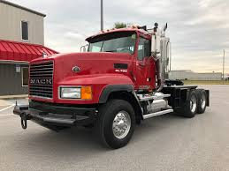 2007 MACK CL733 TANDEM AXLE DAYCAB FOR SALE #3730