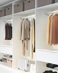begehbaren kleiderschrank einrichten leiner